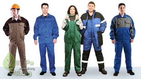 Одежда выпускается летнего и зимнего варианта