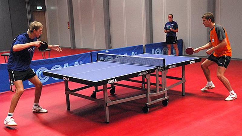 Уникальные конструкции теннисных столов