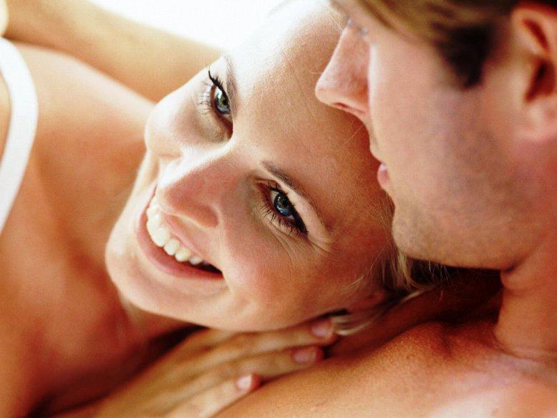 Для счастья необходимо три сексуальных контакта в неделю
