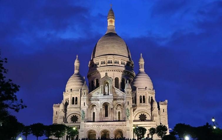 Туристическая поездка во Францию