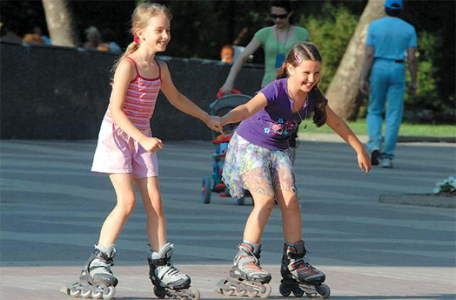 Занятия по фигурному катанию на роликах – плюсы для ребёнка