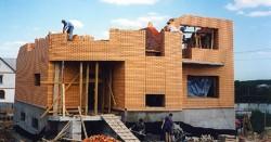 Выбор стройматериалов для постройки дома