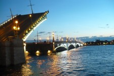 Когда в Санкт-Петербурге наступают волшебные белые ночи
